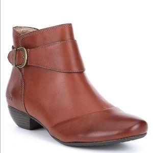 Taos💋NEW💋Addition boot Mahogany size 11